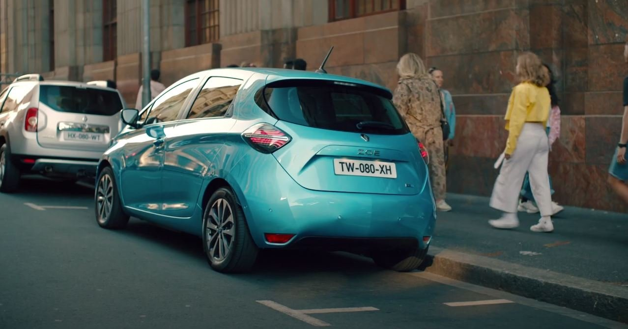 RENAULT ZOE E-TECH Leader of electric car market- « The Chase » mars 2021 (UK)